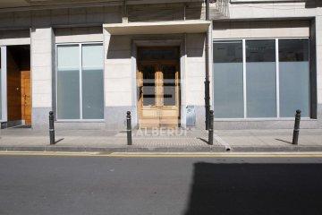 Foto 8 de En Santa Klara Kalea, vivienda próxima al centro, en entorno tranquilo