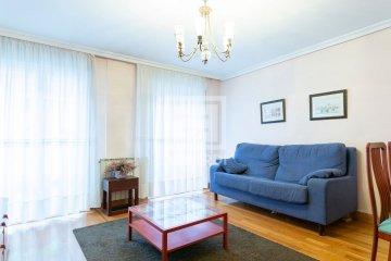 Foto 3 de Estupendo piso en Aizkibel Kalea