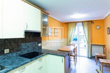 Foto 4 de Estupendo piso en Aizkibel Kalea