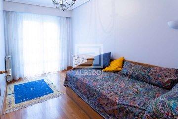 Foto 8 de Estupendo piso en Aizkibel Kalea