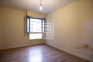 Foto 31 de En Jausoro piso alto con buena orientación a reformar totalmente