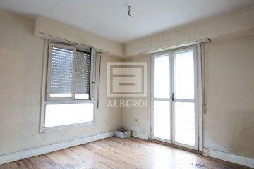 Foto 33 de En Jausoro piso alto con buena orientación a reformar totalmente