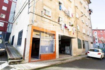 Foto 6 de Txalonerreka Auzoan, lokala eta garajea
