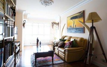 Foto 2 de En Trenbidearen Zumardia, piso completo en muy buen estado con zona duplex en el ático