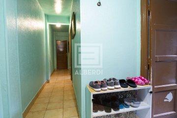 Foto 6 de En la subida a Urrategi, vivienda en edificio con ascensor