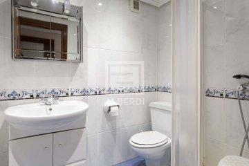 Foto 15 de Estupendo piso de cuatro habitaciones en Aingeru Kalea