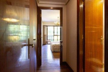 Foto 16 de Estupendo piso de cuatro habitaciones en Aingeru Kalea