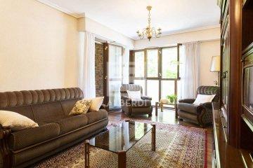 Foto 20 de Estupendo piso de cuatro habitaciones en Aingeru Kalea