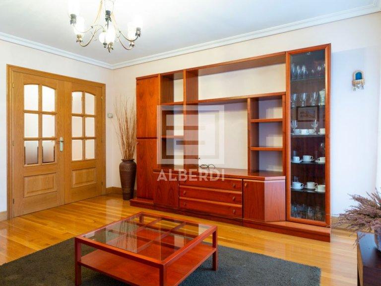 Estupendo piso en Aizkibel Kalea