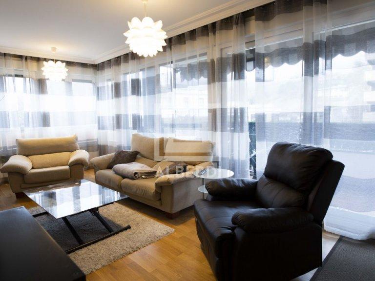 Magnifico piso impecable en Julio Urkijo