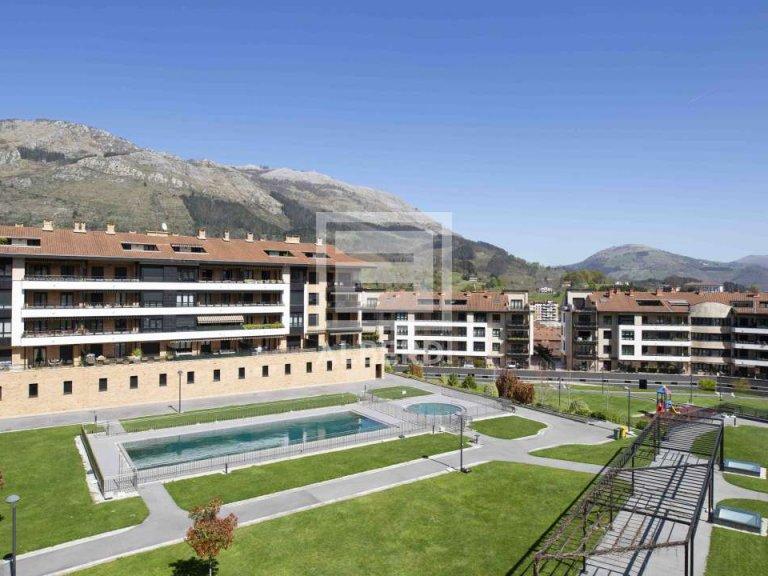 Magnifico duplex en urbanización privada que ofrece muy buena calidad de vida